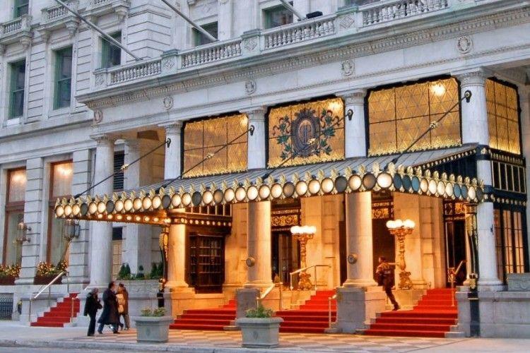 Нью-Йоркський готель пропонує прожити день з життя героя фільму «Один вдома»