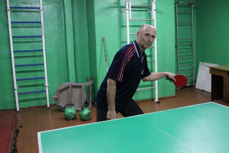Волинянин придбав робота, щоб не здавати позицій у тенісі