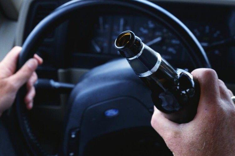 У Луцьку за кермом спіймали водія, якого позбавили такого права за п'яну їзду