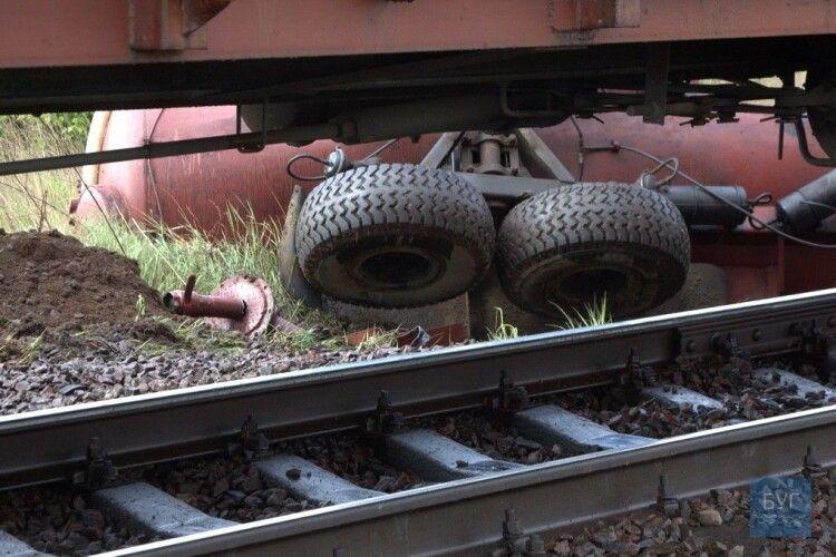На переїзді неподалік Устилуга трактор потрапив під потяг