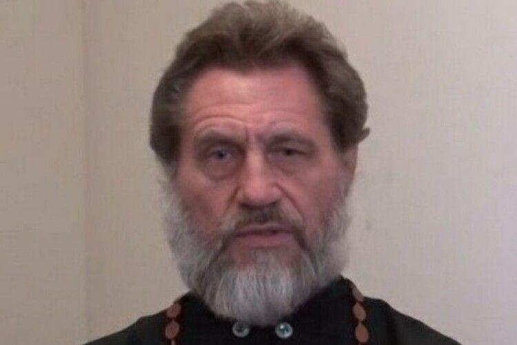СБУ ідентифікувала російського священника, який катував полонених у Донецьку