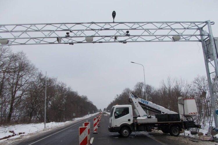 На Волині встановлюють системи, які зважуватимуть транспорт під час його руху