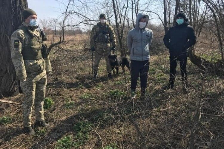 Громадянин України намагався незаконно потрапити до Польщі (Фото, відео)