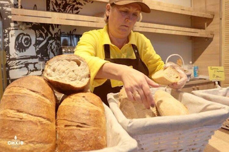Яким стандартам не відповідає магазинний хліб?