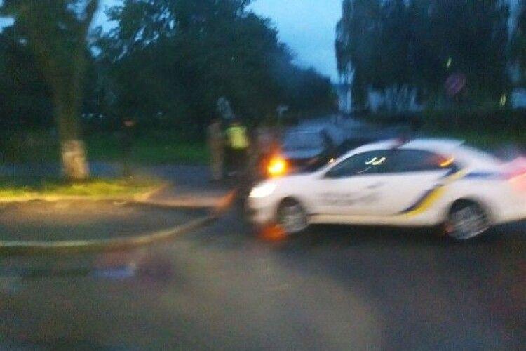 У Луцьку на одній з центральних вулиць автівки не поділили дорогу