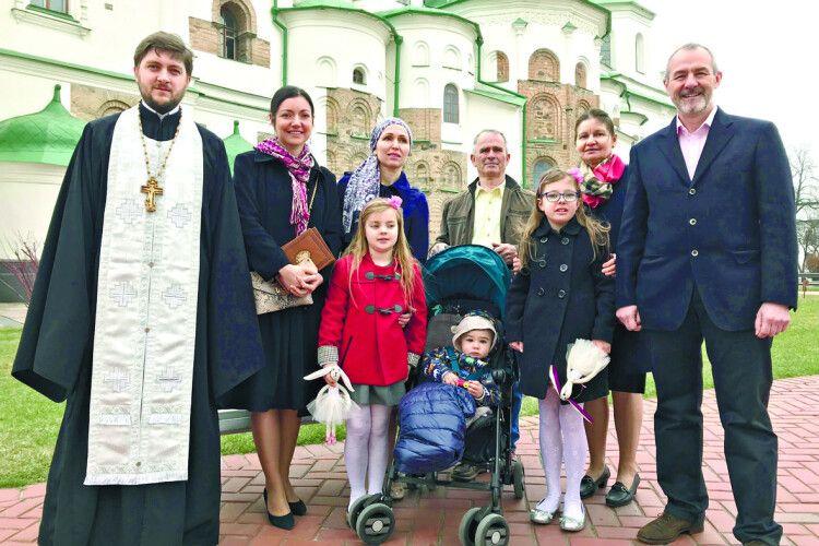 Горохівчанин став хрещеним батьком британському хлопчикові