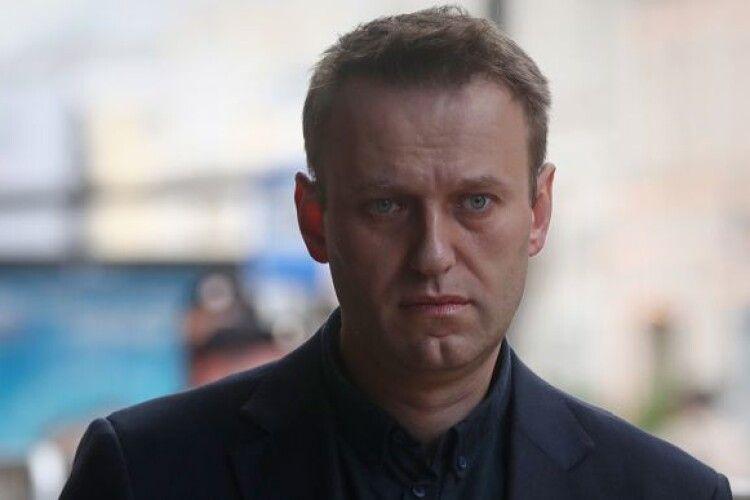 Кремль запропонував відправити опозиціонера Навального на лікування за кордон