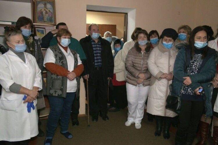 У лікарні на Горохівщині закривають два відділення (Фото, відео)
