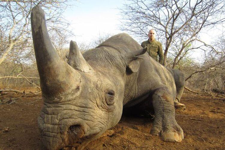 Один ізлідерів «За життя» вбиває екзотичних тварин