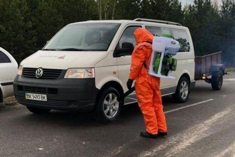 На Рівненщині через спалах коронавірусу «закрили»село