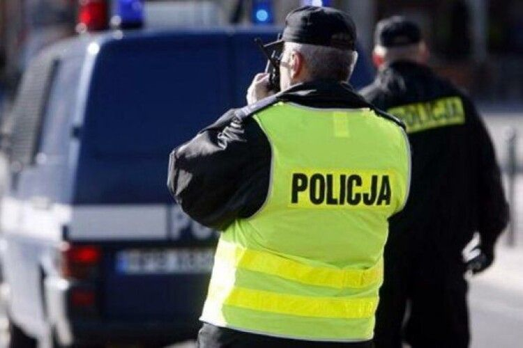Українець в Польщі нелегально працевлаштував 32 іноземці