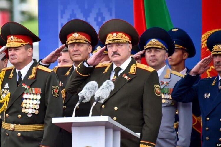 Лукашенко заговорив про референдум і зміни до конституції