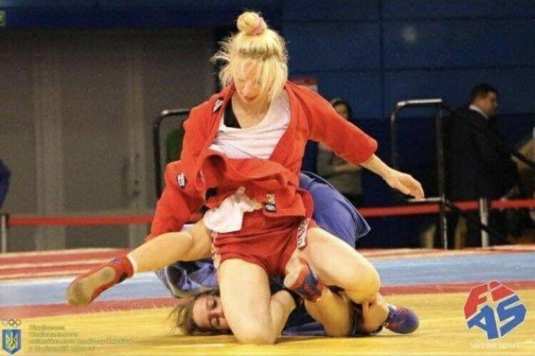 Волинська самбістка завоювала срібну медаль на чемпіонаті світу