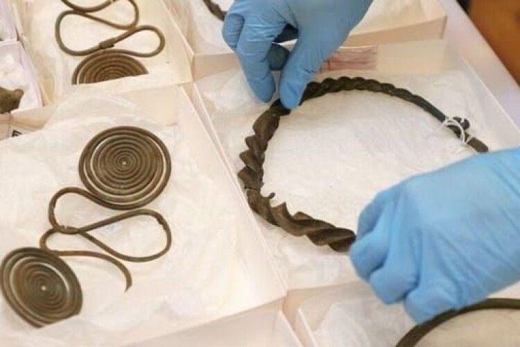 У Швеції знайшли унікальний скарб бронзового віку. Випадково