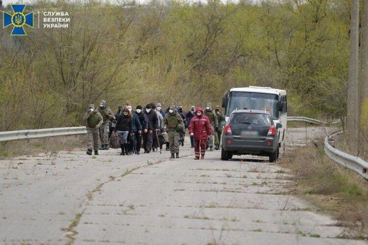 Офіс Президента опублікував список 20 звільнених унаслідок обміну українців