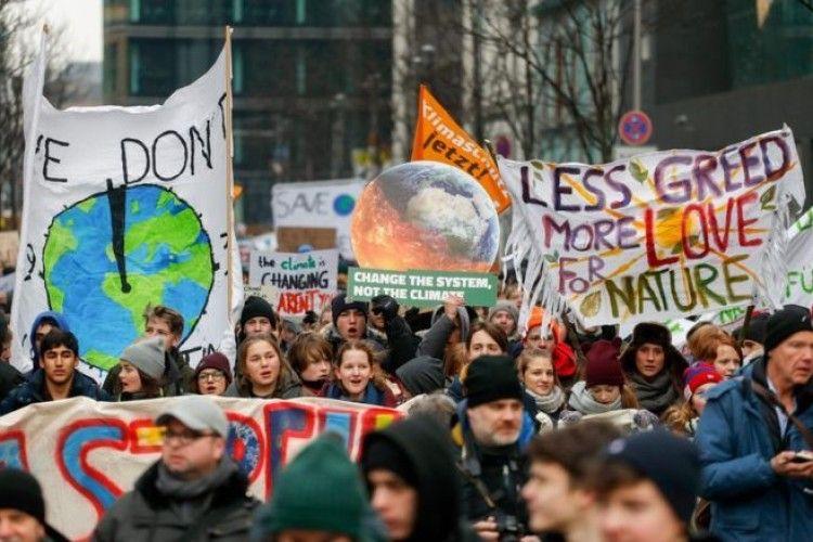 По всій Європі школярі протестують проти глобального потепління