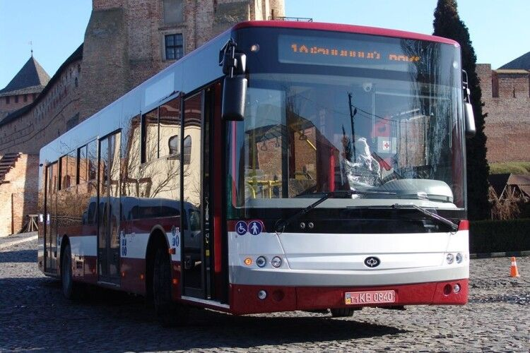 На Луцькому автозаводі здивовані заявами міського голови Львова