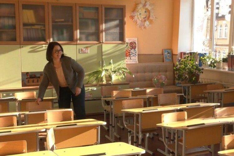 Завозять продукти і прибирають: у луцьких школах готуються до початку навчання (Відео)