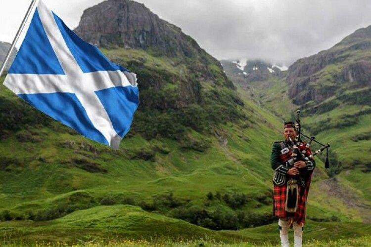 Влада Шотландії запроваджує наджорсткі карантинні обмеження: під заборону потрапили навіть поминки