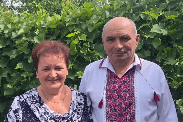 Волинський посадовець зняв кліп для своїх батьків: мама плакала... (Відео)