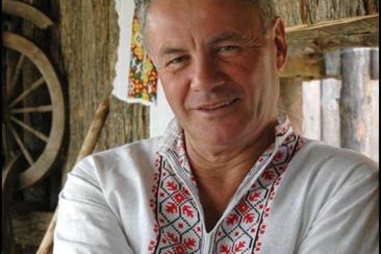 Володимир Яворівський презентуватиме у Рожищі свою нову книжку