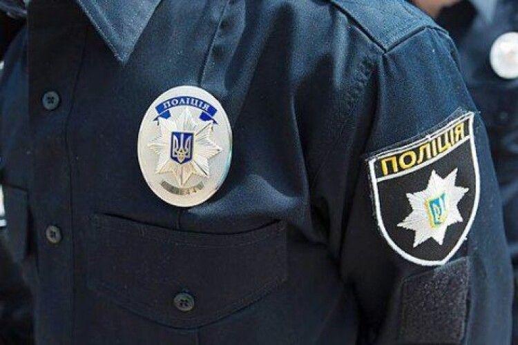 До 8 років ув'язнення загрожує поліцейському, який побив мешканця Рівненщини