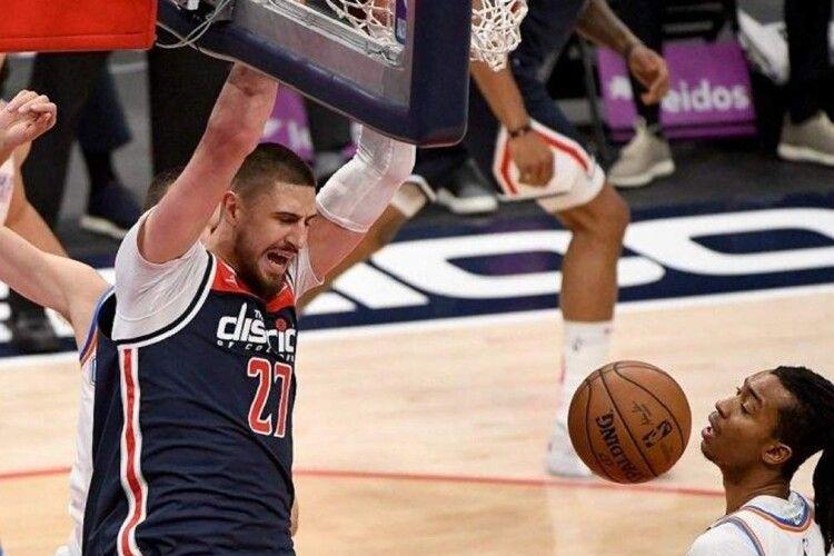 Вашингтон Леня програв третій матч поспіль у плей-офф НБА (Відео)