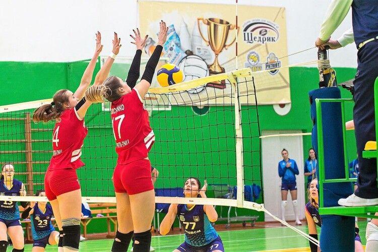 Волейбол: у Луцьку – з інтригою, у Рівному – без