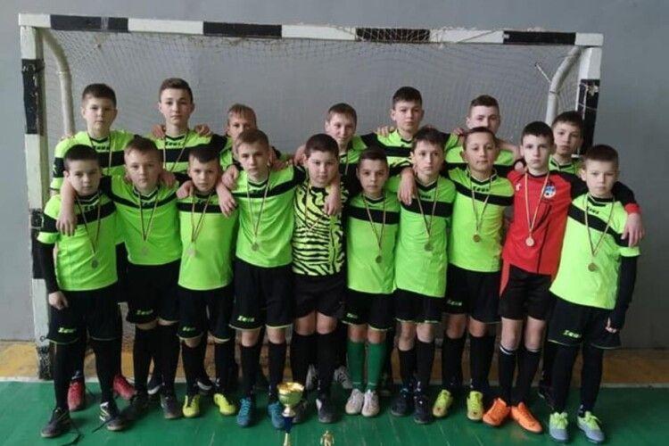 Юні футболісти із волинського селища здобули золото на всеукраїнському турнірі
