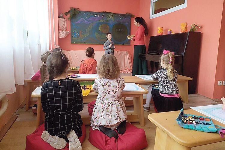 Як навчаються перші учні вальдорфської школи в Луцьку