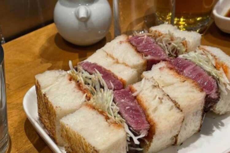 Ресторан уКиєві пропонує сендвіч задвітисячі гривень