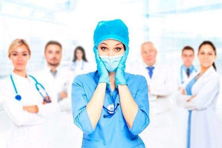 У Луцьку не вистачає медсестер