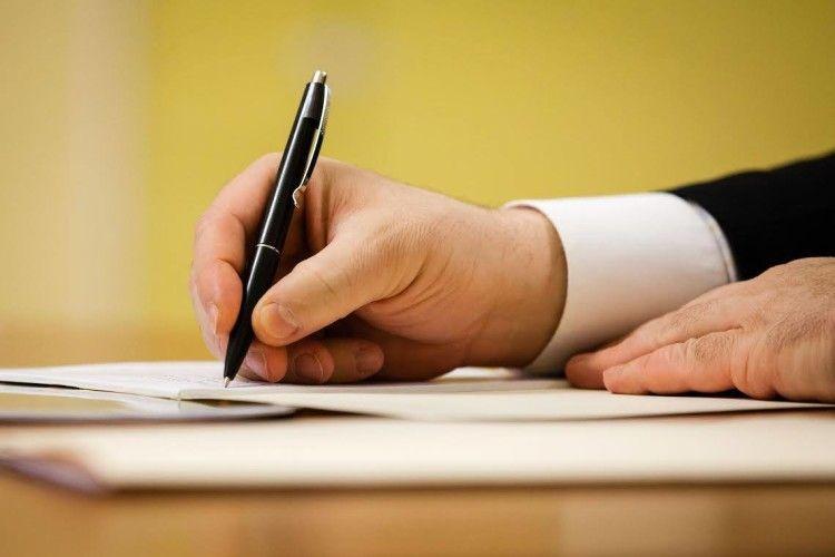 Президент підписав закон щодо спрощення ведення бізнесу