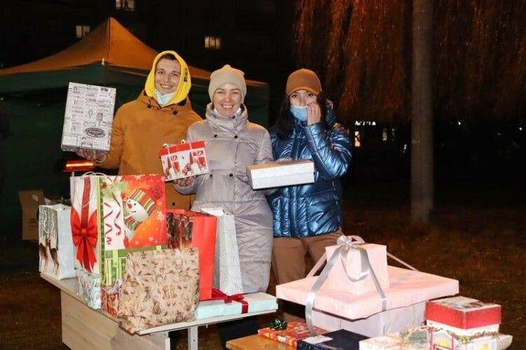 70 ковельчан отримали подарунки від таємного Санти