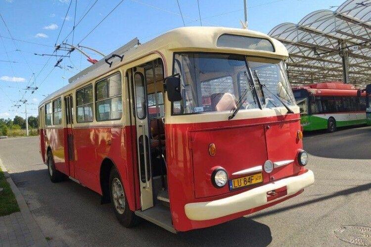 Вулицями польського міста курсуватиме старий рівненський тролейбус