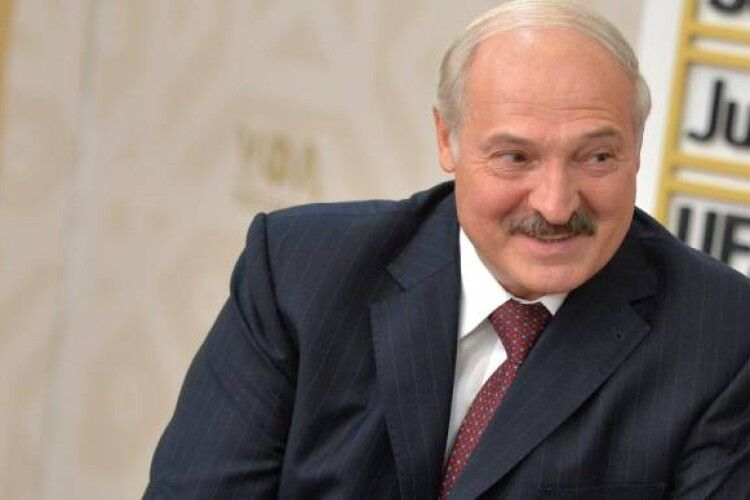 Лукашенко заявив, що США, Україна та Польща 10 років готували «сценарій знищення Білорусі»
