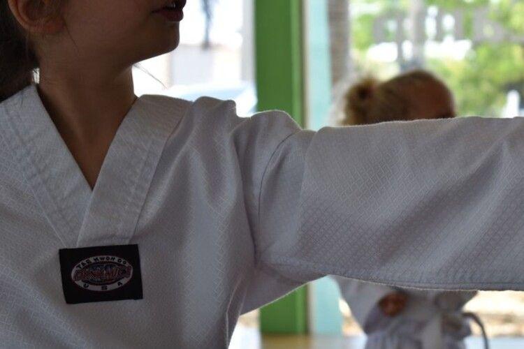 Ходила 5 років на дзюдо: у Львові 11-річна дівчинка допомогла затримати злочинця