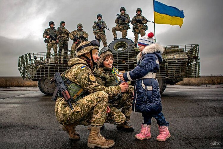 Діти загиблих у російсько-українській війні захисників харчуватимуться в школах безплатно