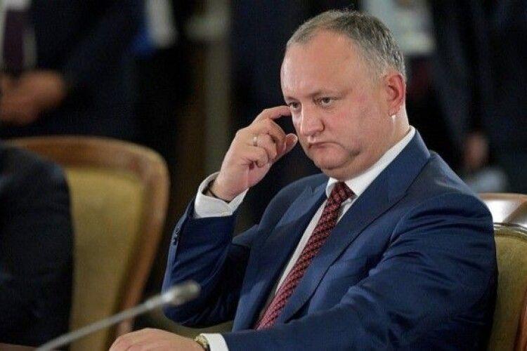 Експрезидент Молдови Додон відразу після відставки поїхав до Москви