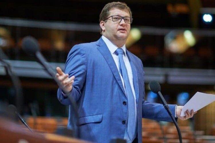Міжнародний скандал – Ар'єв вимагає розслідувати причетність представників спецслужб до викрадення Чауса