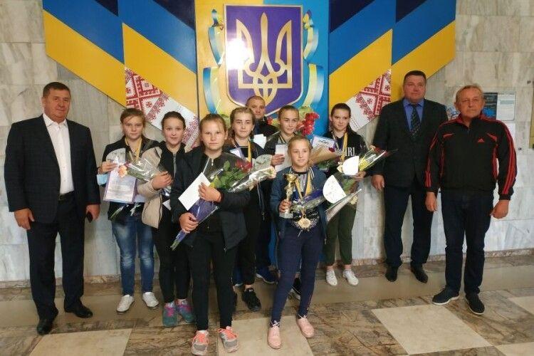 Камінь-Каширська важкоатлетка встановила сім рекордів на одних змаганнях