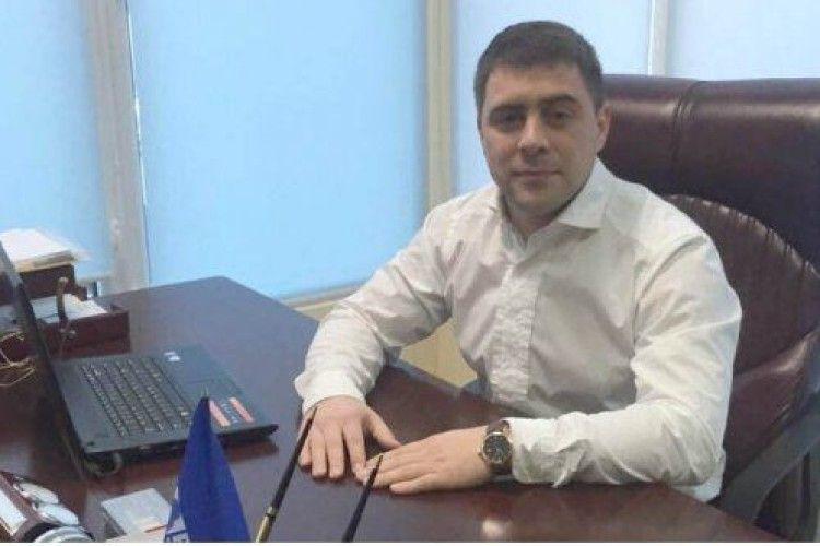 Депутат від БПП купує по 30 квартир на день