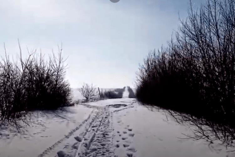У селі на Горохівщині досі не прогорнули шлях до траси (Відео)