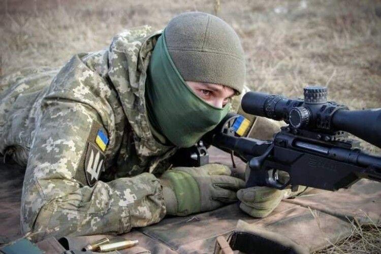 Українські воїни зустріли свято серед пострілів. Окупанти використали гранатомети