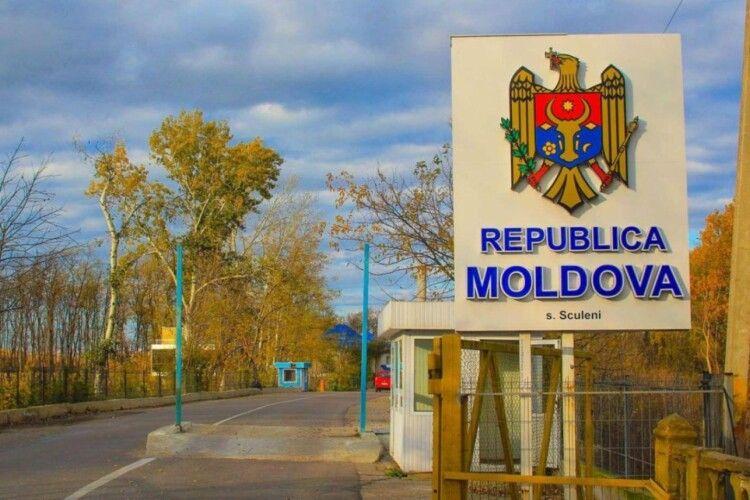 У сусідній Молдові новий добовий рекорд захворюваності на коронавірус