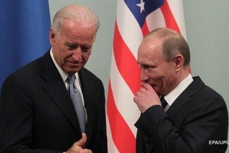 Байден обговорить з Путіним питання України