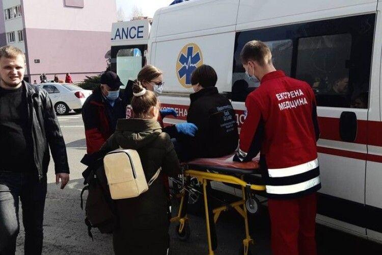 У Луцьку на пішохідному переході Skodа збила дитину: подробиці з фото