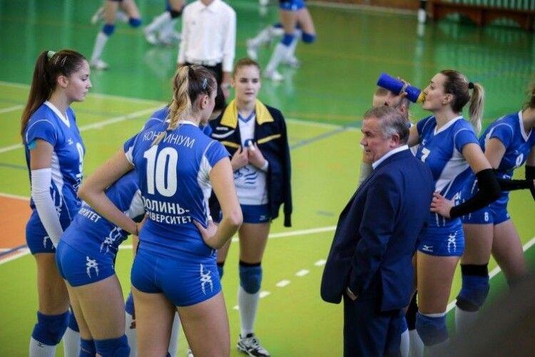 Волинські волейболістки продовжують боротьбу за Кубок України, а рівнянки – ні