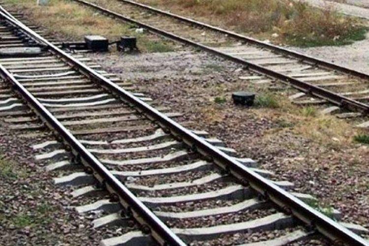 Під колесами потяга загинув чоловік