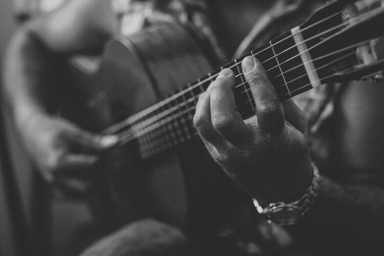Від COVID-19 помер відомий музикант (Фото)